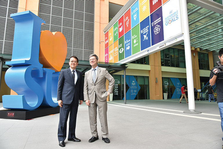 Tan Sri Dr. Jeffrey Cheah, AO (left), with Professor Jeffrey Sachs at Sunway University, ahead of the launch of the Jeffrey Sachs Center on Sustainable Development.
